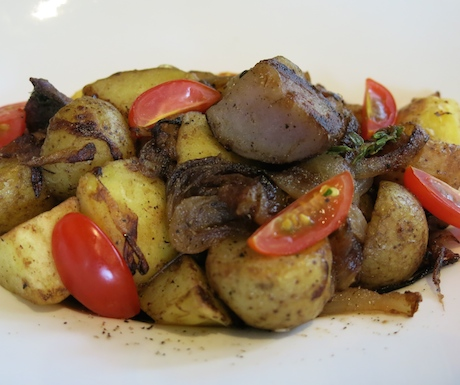 sautéed potatoes with tomatoes and caramelised onions at Sheraton Towers Singapore