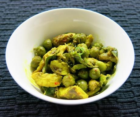 vegan curry with jackfruit seeds in Sri Lanka