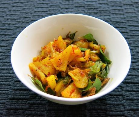 spicy pienapple salad at Anilana Nilaveli