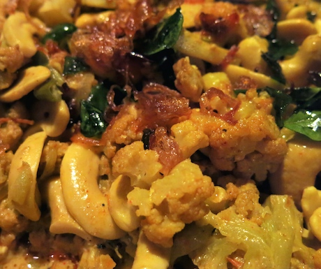 vegan cashew curry at Heritance Kandalama