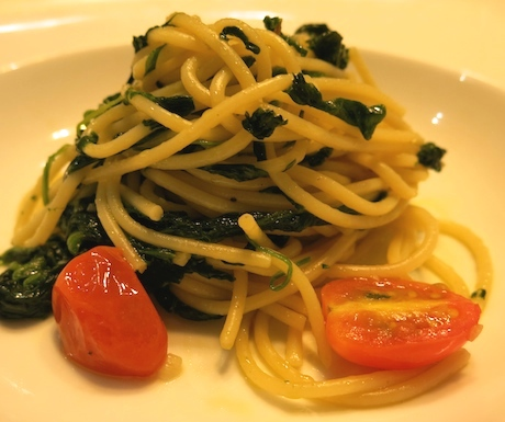 Loved this healthy and tasty pasta with spinach and xx
