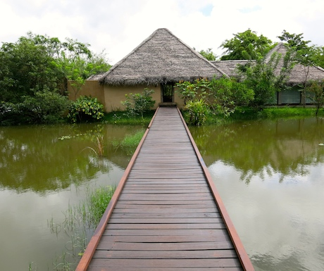 Entrance to the spa at Vil Uyana.