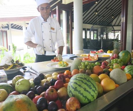 We enjoyed a freshly prepared fruit platter every day.