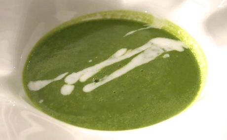 vegan green pea soup at Ayada Maldives