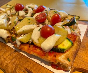 vegan pizza from Pala Pizza Bangkok
