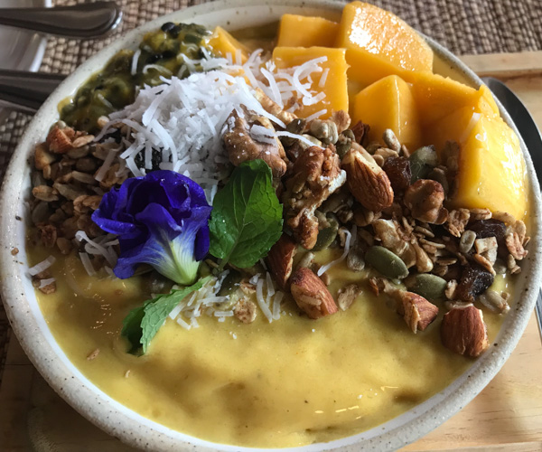 vegan smoothie bowl at Goodsouls Kitchen in Chiang Mai