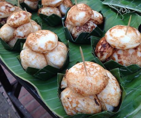 No list of 10 Vegan Eats in Bangkok would be complete without Khanom Krok.