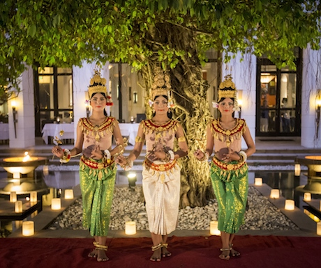 Enjoy the graceful Apsara dancing whilst you eat amazing vegan food.
