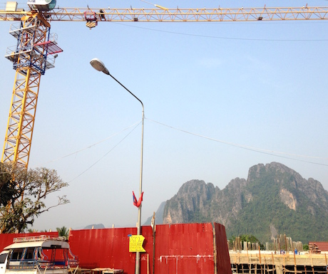 There's some impressive scenery behind that building site... somewhere.