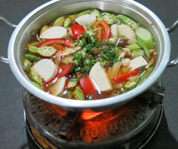 vegan hotpot in Vietnam