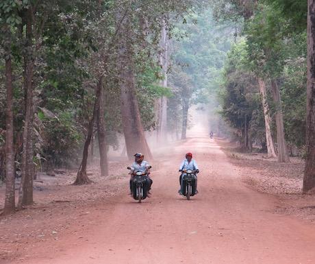 Dusty roads on Siem Reap.