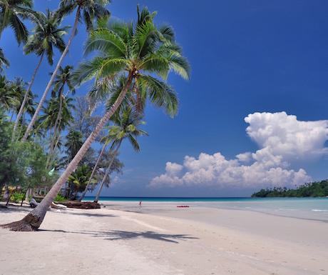 The beautiful tropical beach at Soneva Kiri.