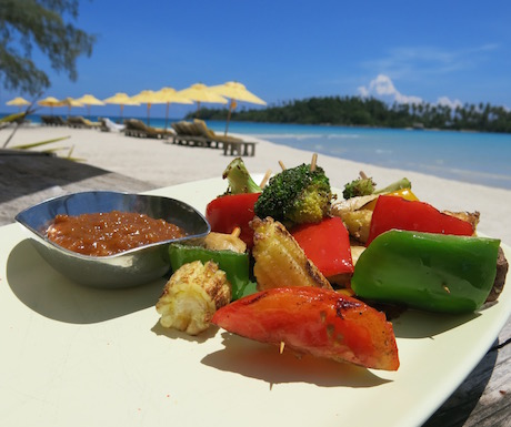 Veggie skewers with a delicious satay sauce at Soneva Kiri