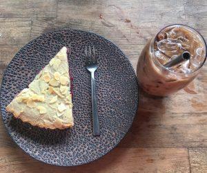 Bang Bang vegan cake and coffee