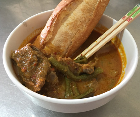 vegan bread curry at Vegetarian Foods Restaurant in Battambang