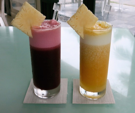 Fruit and vegetable juices to start to lunch at 'Fresh'