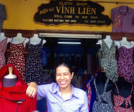 Vinh Lien tailor in Hoi An