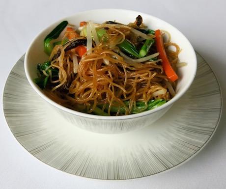 vegan noodles at Yan Toh Heen