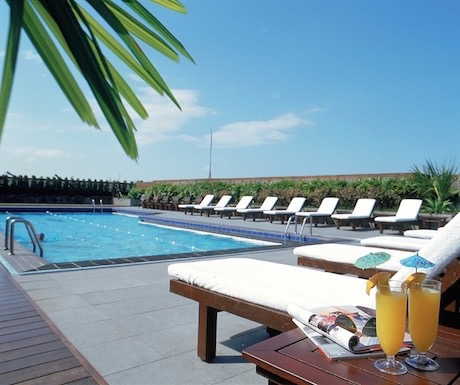rooftop swimming pool at Regent Taipei