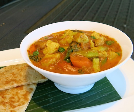 vegan curry packed with vegetables and paratha bread at Ritz Carlton Hong Kong
