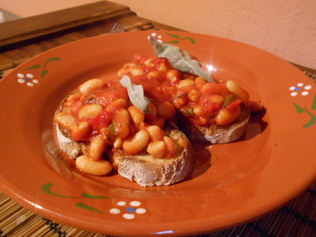 Vegan Italian Food - Fagioli all'uccelletto from Toscana (Tuscany)