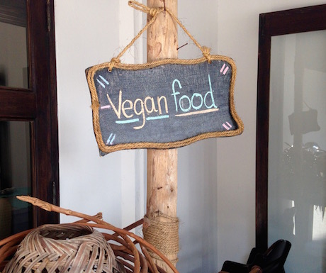 Evason Hua Hin has a vegan food sign at breakfast