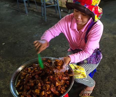 Cambodian vegan street food in Sihanoukville