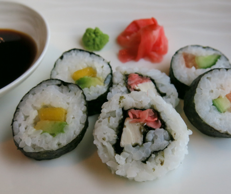 Vegan sushi love to start the day.