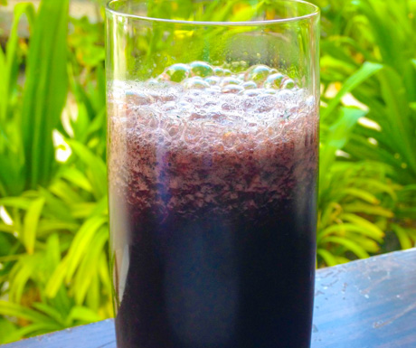 Our own concoction of spirulina, beetroot and pineapple juice.