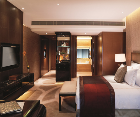 Ritz Carlton Hong Kong Club Deluxe Room