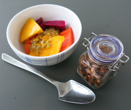 Vegan breakfast options include fresh tropical fruit and granola pots at Kata Rocks