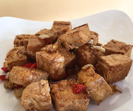tofu with chilli for our breakfast at RikiTikiTavi