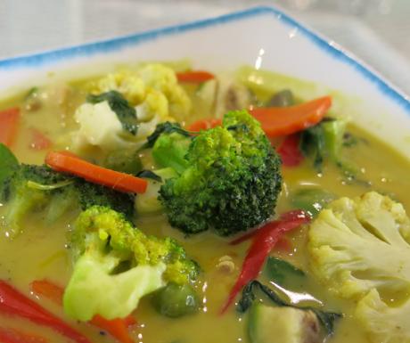 vegan green curry at Mercure Koh Chang Hideaway