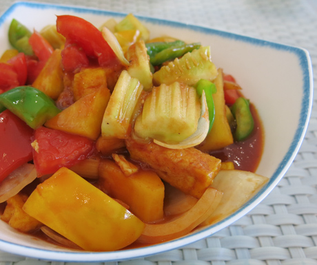 Vegan sweet and sour vegetables at Mercure Koh Chang Hideaway