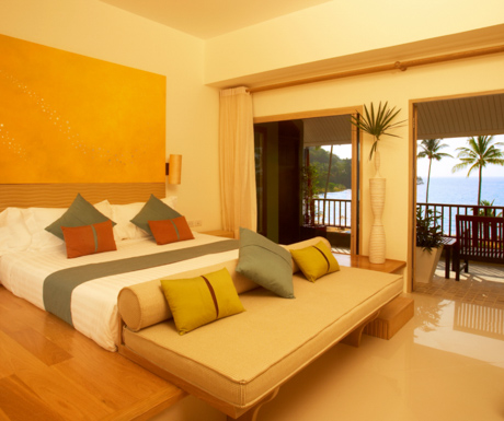 deluxe ocean view bedroom at Mercure Koh Chang Hideaway