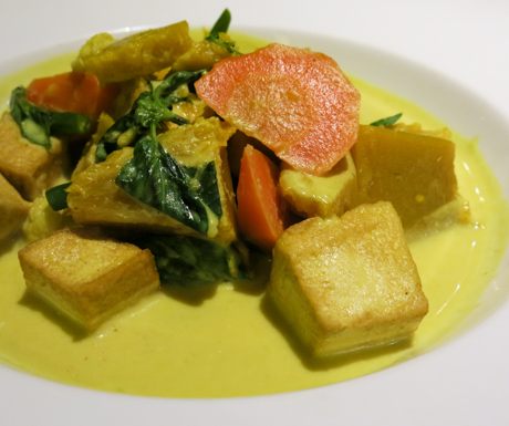 vegetable and tofu curry at Le Meridien Angkor