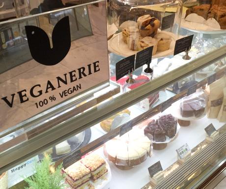 vegan cakes, vegan food, vegan Bangkok, vegan Thailand, Veganerie