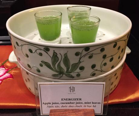 apple juice, cucumber juice, mint leaves