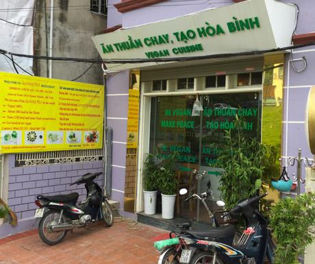 Loving Hut, vegan restaurants, vegan food, Hanoi, West Lake, Vietnam