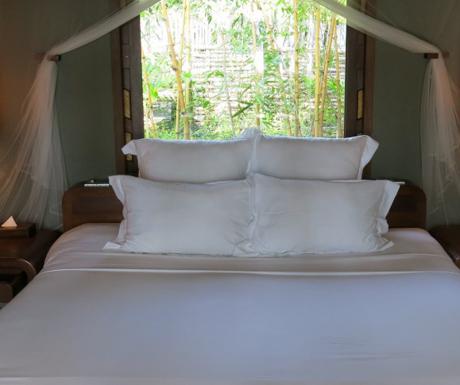 comfortable bed at An Lam Villas