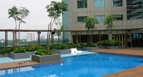 swimming pool at DoubleTree Johor Bahru