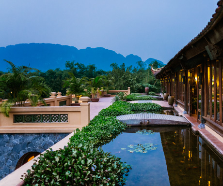 The lobby of Emeralda Resort Ninh Binh with mountain views