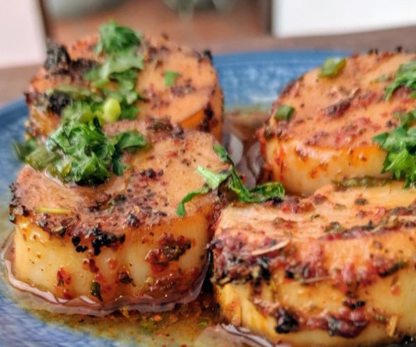 Bong Bonlai Cajun vegan scallops