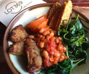 vegan breakfast at Lot 369 in Phnom Penh