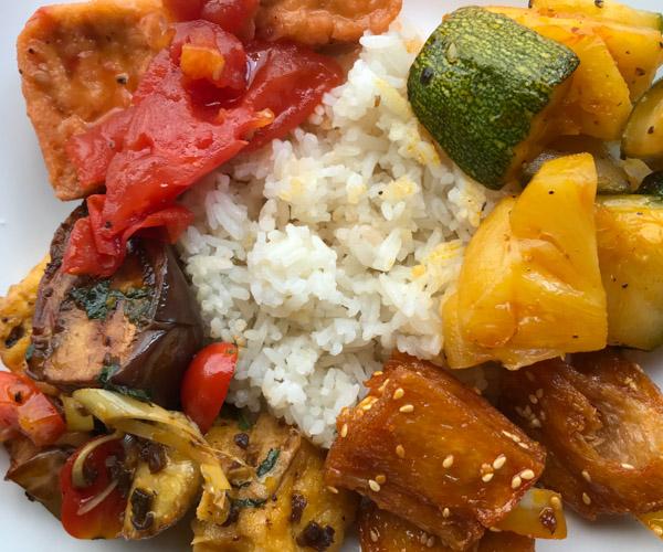 vegan buffet at Quan Bo De Hanoi