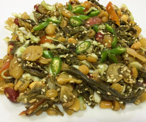 vegan tea leaf salad in Yangon