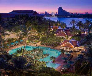 Swimming pool at Anantara Riverside Bangkok Resort