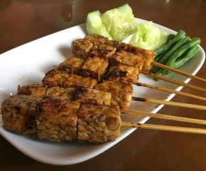 De Ra Sa Vegetarian tempe satay