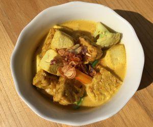 vegan curry at Ngiring Ngwedang