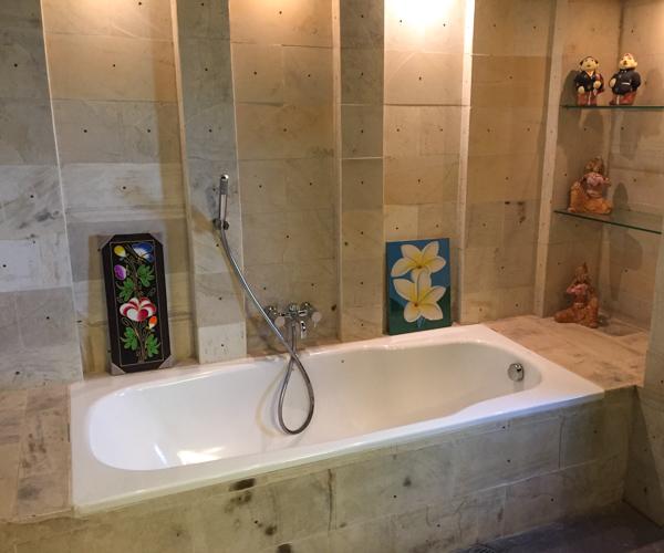 Bath at Diamond Beach Villa